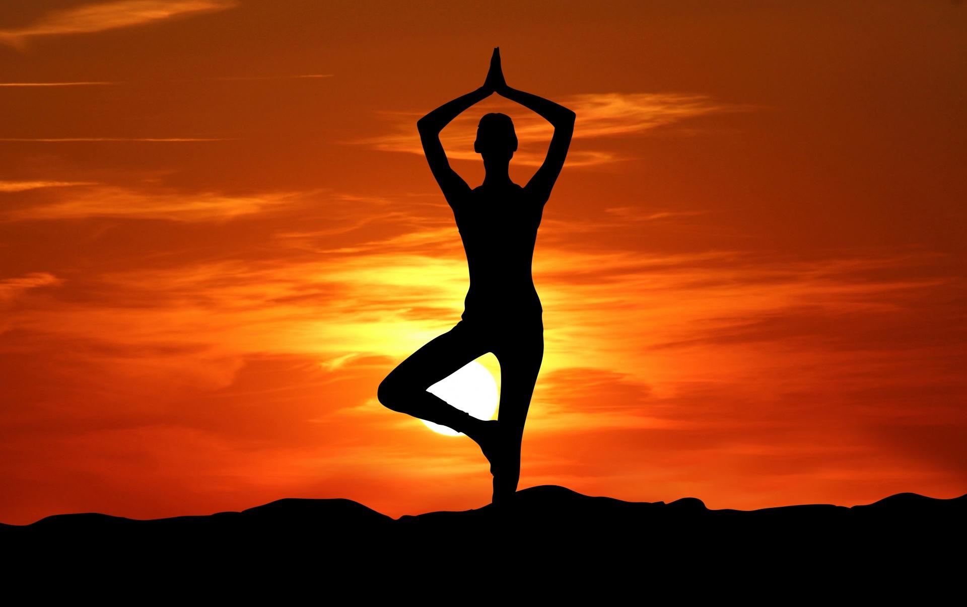 Resultado de imaxes para yoga